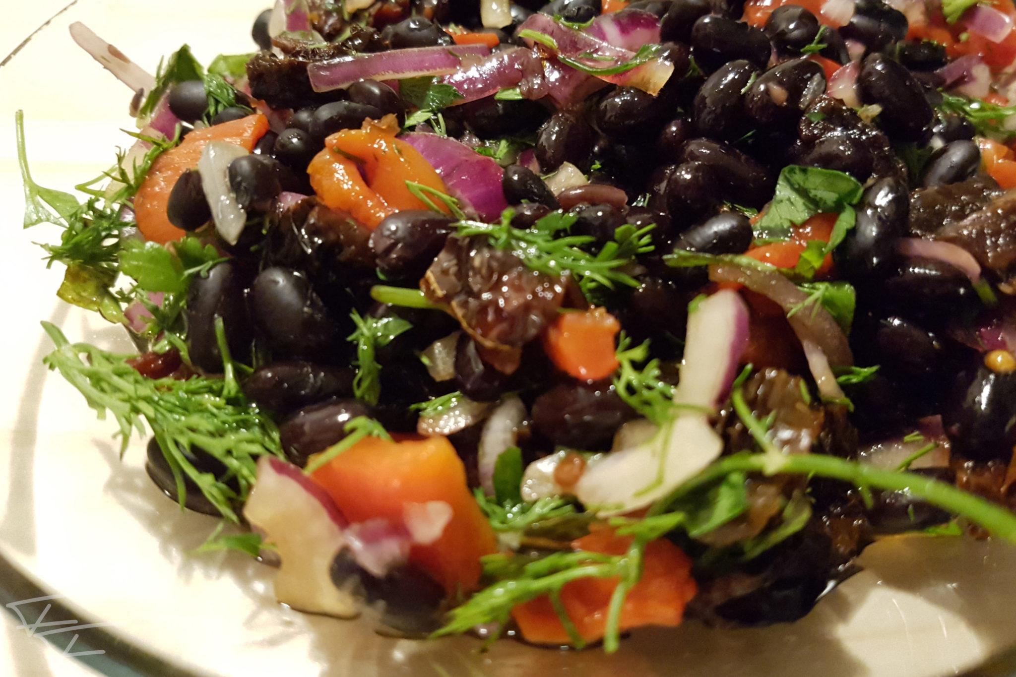 Naneli Fasulye Salatası